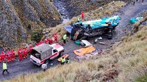 El accidente ocurrió el domingo en un camino rural del municipio de San Pedro de Buena Vista en la región de Potosí, a unos 400 kilómetros al sur de La Paz. (FUENTE EXTERNA)